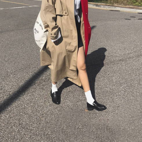 JONES TRENCH COAT (BEIGE AND FIERY RED)