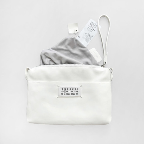 MAISON MARGIELA POUCH BAG (WHITE)